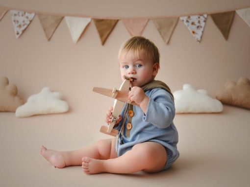 Sesiuni Fotografie bebeluși (5 – 12 luni)