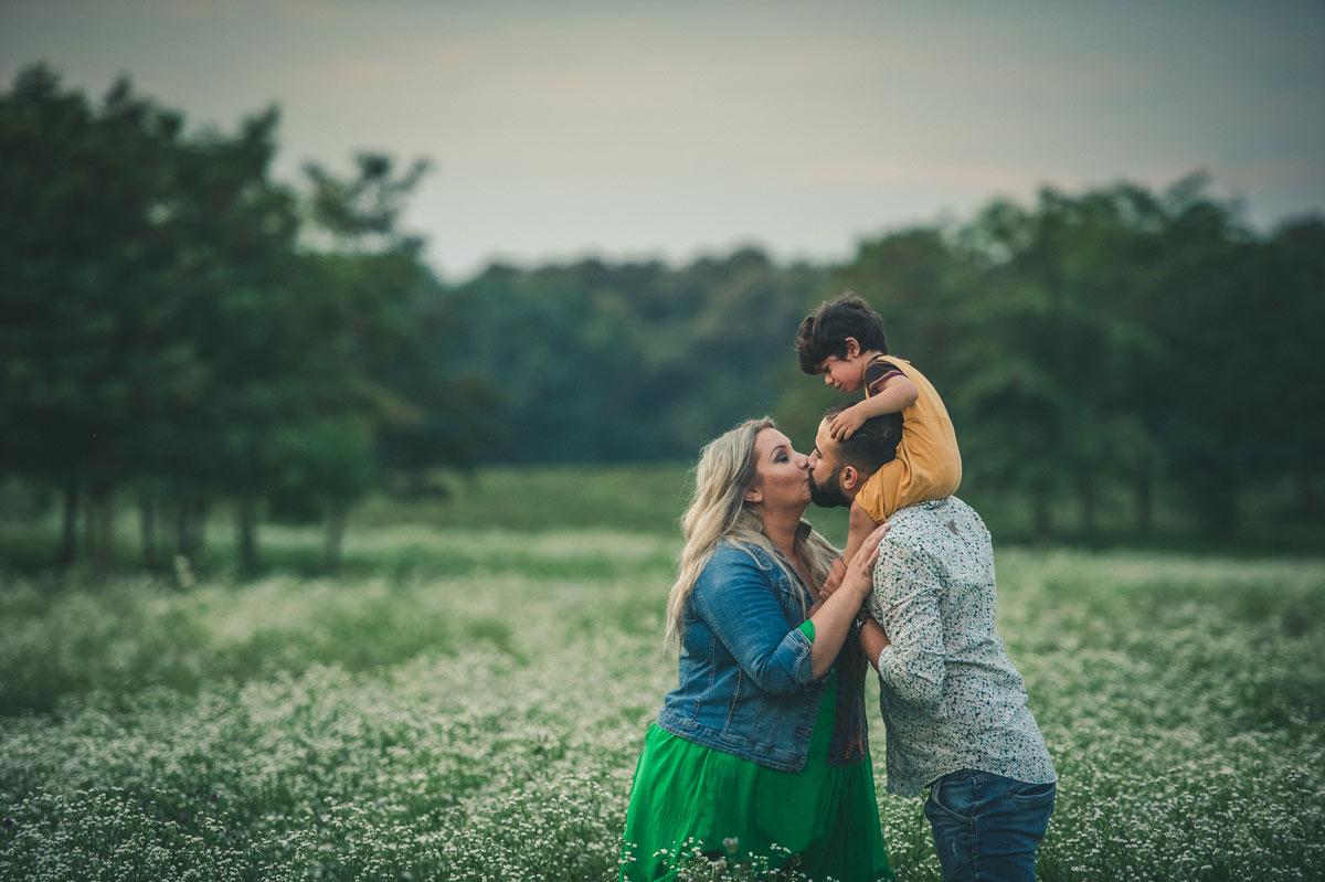 fotograf-profesionist-bucuresti-sedinte-foto-familie-in-natura